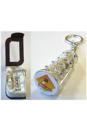 """Parfum """" MUSC BLANC"""" en bouteille métallique argenté avec sa boite cadeau"""